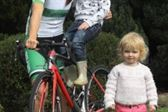 PRESS RELEASE...NO REPRODUCTION FEE...Ras na mBan 7/9/2018 Stage 2 Kilkenny - Mount LeinsterIrish National Champion Eve McCrystal with young fans Willow (2) and Holly (4) McDermott from Tullamore before todays stagePic : Lorraine O'Sullivan